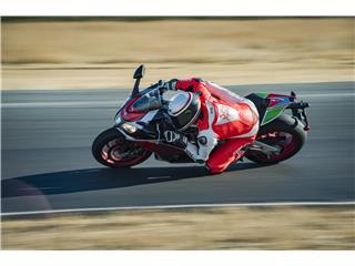 BELL Race Star Flex Helmet RSD Gloss/Matte White/Red Carbon Formula Size M - 0ff8c363-04c1-4f89-be88-024fea731c3d