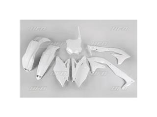 Kit plástica completo UFO Kawasaki color blanco KAKIT226-047 - 11914