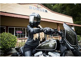 BELL SRT Helmet Gloss Black Size XS - 37e047ac-c772-4e4e-9195-b2bb63b1dce9