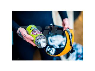 Espuma limpiador antibacteriano Muc-Off Helmet Foam Fresh Spray 400ml - 40918abf-9786-4090-9956-bb7bcf4222ce