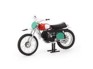 Motorcycle 1:12 Scale Model Husqvarna 250 1970