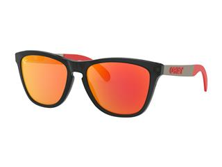 OAKLEY Frogskins® Mix Sunglasses Moto GP Collection Matte Black PRIZM™ Ruby Lens