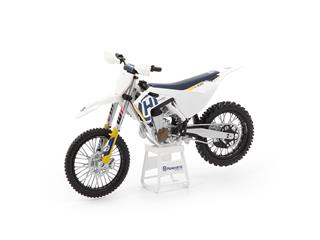 Motorcycle 1:12 Scale Model Husqvarna FC450 2018