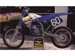 Kit plastiques & déco UFO Hot Wheels Replica Kawasaki KX125/250 - 84262efc-a7f2-4e9f-9a6e-4bcb692531e8