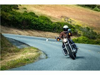 Casque BELL Bullitt DLX Stripes Gloss Pearl White taille XXL - a3ace456-ae52-4661-b855-ca81c76e1066