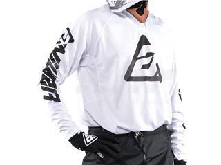 T-shirt ANSWER Elite Solid Branca Tamanho XL - a657c560-f2ba-47ba-9ef6-6cd8c2d92ad8