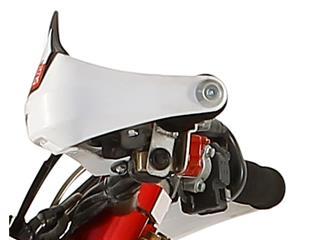 Protège-mains POLISPORT Evolution Integral rouge Honda CR (2004) - bb46c1bb-7153-4c82-893e-b45f01f19a9f