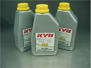Huile d'amortisseur KYB 200 litres
