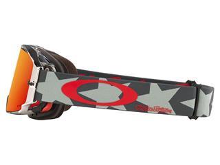 Gafas OAKLEY AIRBRAKE TROY LEE DESIGNS STEALTH PATRIOT, Lente PRIZM TRAIL TORCH Iridio - d1210320-6f44-497c-896d-dce11373caf8