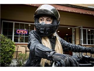 BELL SRT Helmet Gloss Black Size L - f036be3b-562c-4b9f-a0c9-240350a27c55