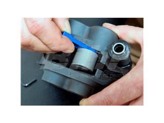 Extractor pistones pinza de freno MOTION PRO - fae0cc09-3339-4487-a14a-9d76c019f68f