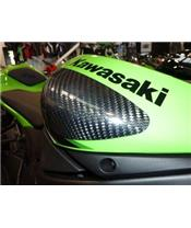 SLIDERS VAN DE TANK R&G RACING IN CARBON VOOR KAWASAKI
